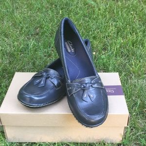 Clark's Ashland Bubbles Navy Leather Loafers